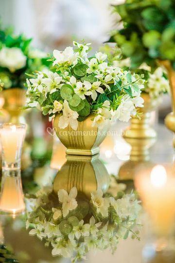 Vasos dourados