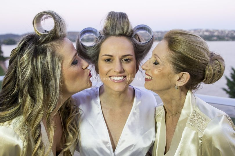 Noiva, irmã e Mãe