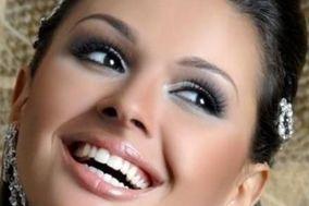L & R - Make Up Artist
