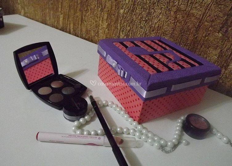 Caixinha porta joia - kit maquiagem