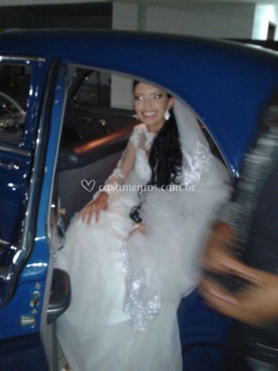 Noiva Chegando a festa