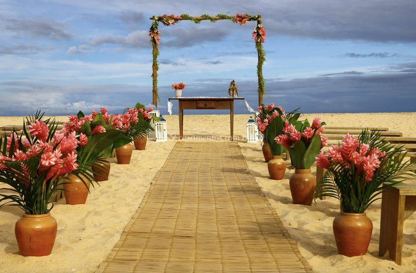 Altar pé na areia tropical pin