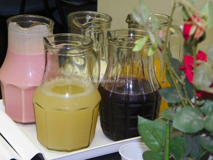 Mesa de sucos e iogurtes