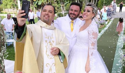 Padre Alex Daniel da Silva - Celebrante 1