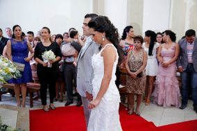 Andresa Gomes Cerimonialista