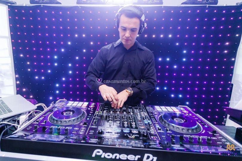 DJ em Trabalho