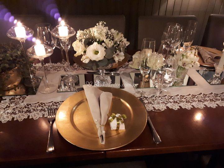 Detalhes mesa dos convidados