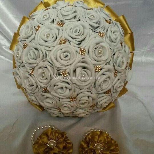 Buquê Branco e dourado