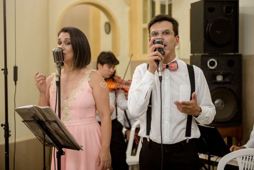 Cantora Shirly Fidelis
