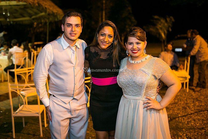 Fada Madrinha e os noivos