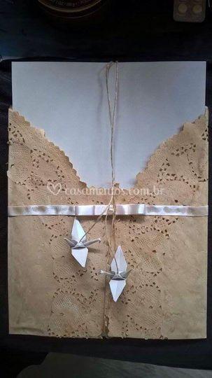 Convite origami e renda