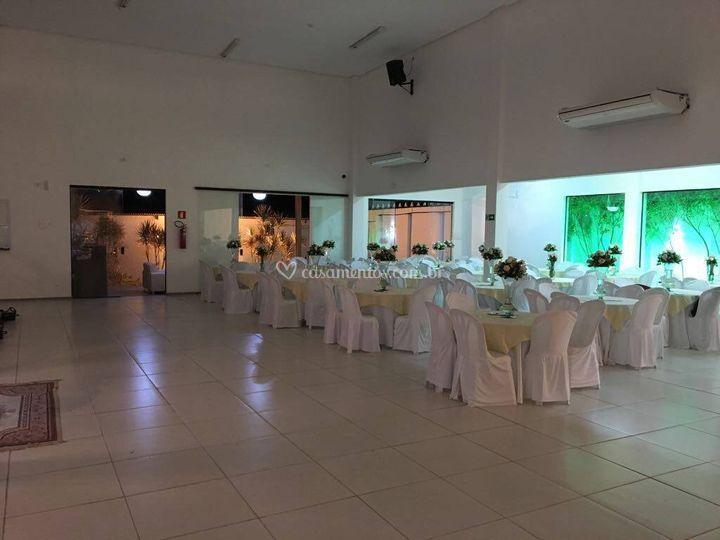 Salão  170  Convidados