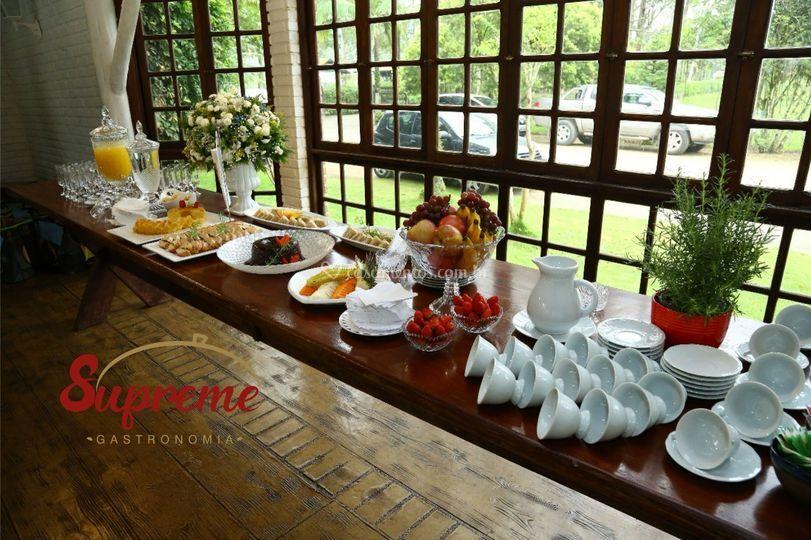 Café da manhã pós festa
