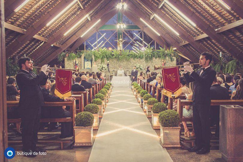A clarinada anuncia a noiva