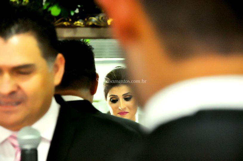 Olhar diferente da noiva
