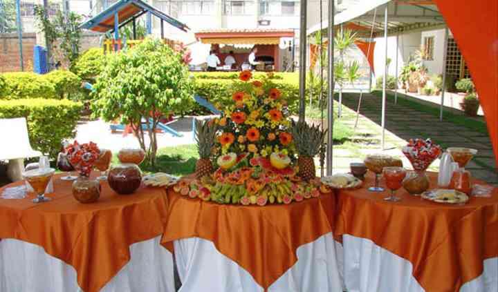 Mesa de frutas casamento dia