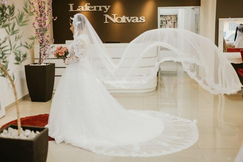 Laferry Noivas