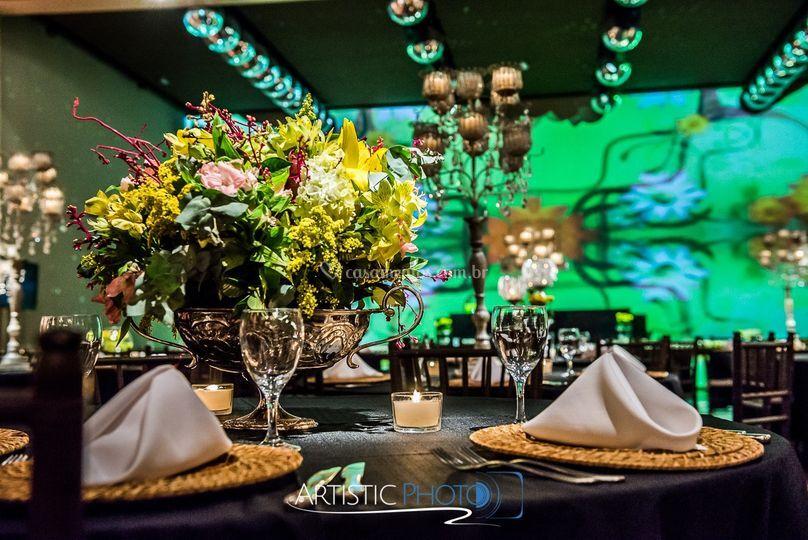 Kaza Fendi decoração e mesa