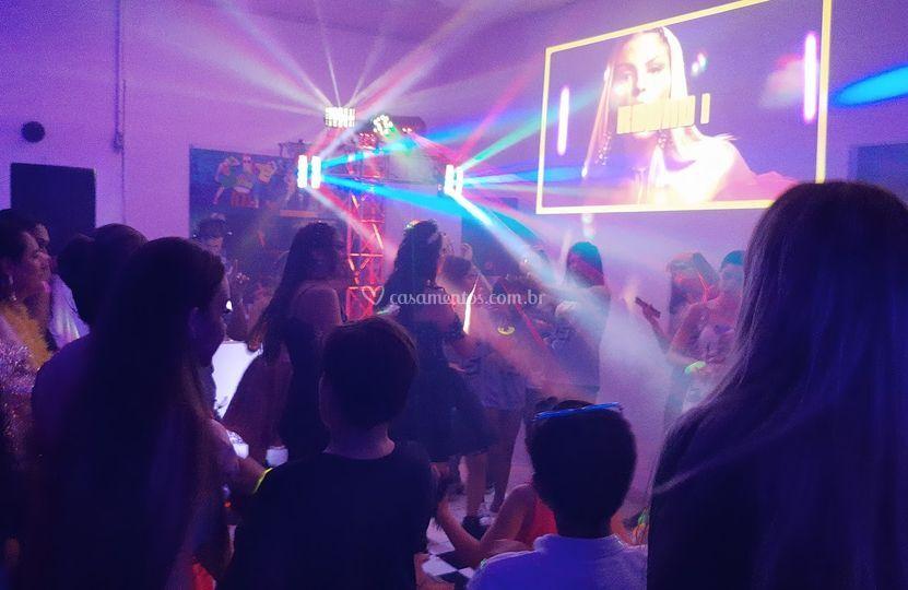 DJ+SOM+ILUMINAÇÃO