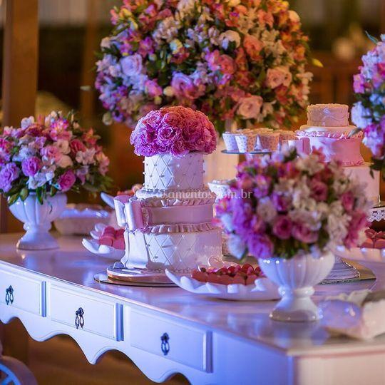 Mesa de bolo Romântica