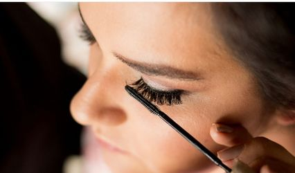 Caroline Cury Beauty Artist