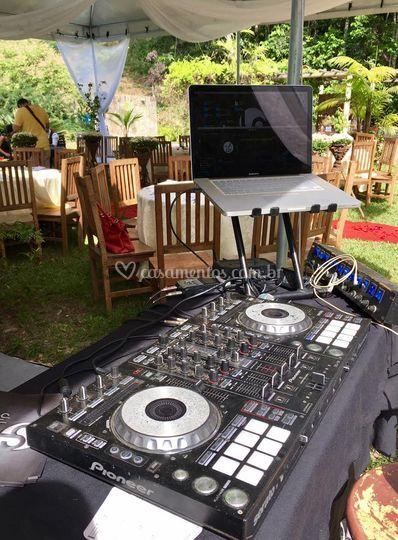 DJ Leandro Prado