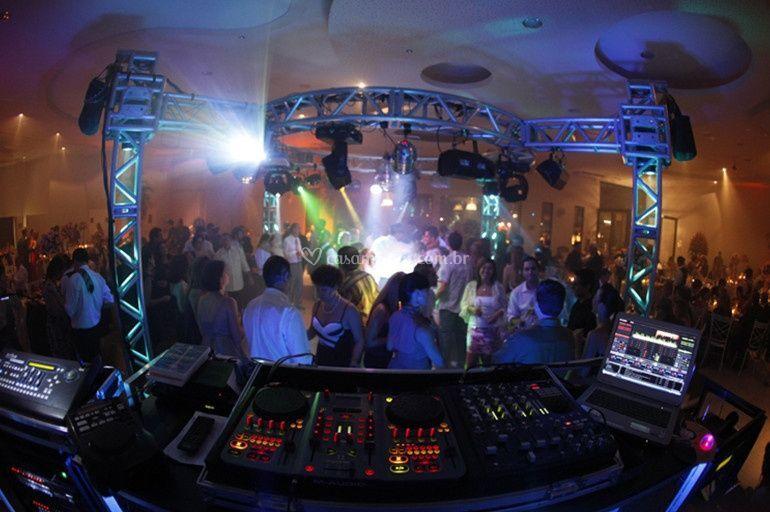DJ Leo Cartaxo