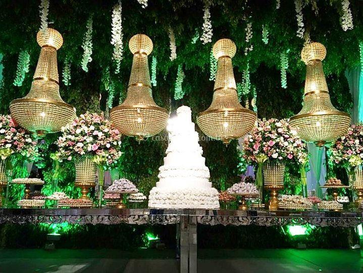 Iluminação mesa de bolo