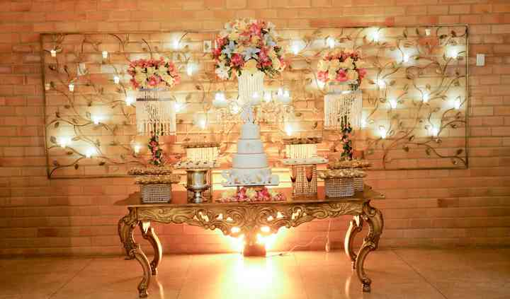 Mesa bolo e doces imperial