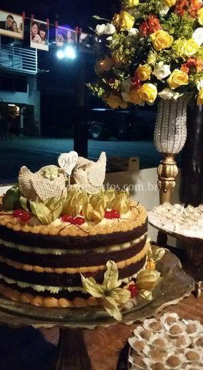 Naked cake Phisalys