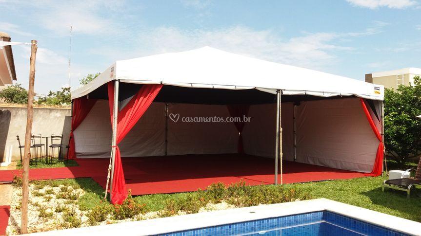 Decoração da tenda + tablados