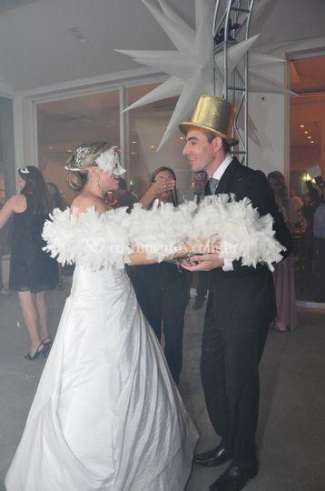 Arrumando noivos pra balada