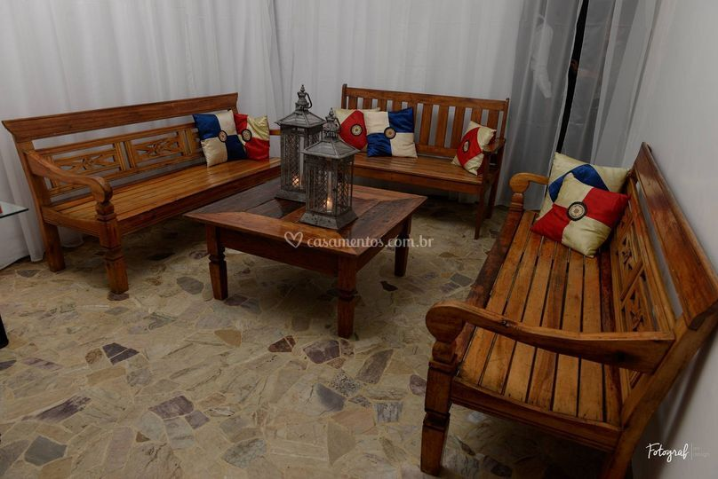 Lounge com bancos tailandeses