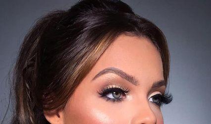 Aline Mattos - Makeup Artist 1