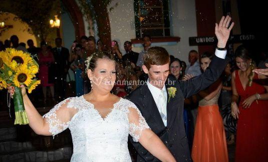 Os noivos e o buquê