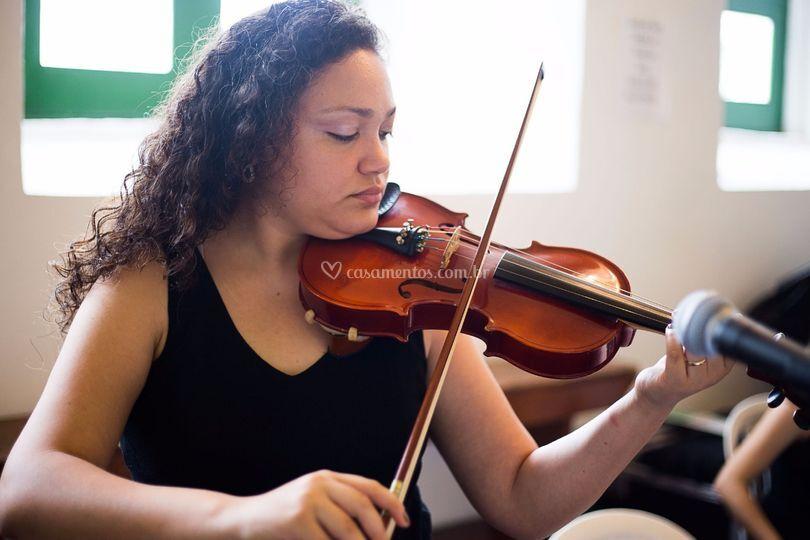Violinista Ingrid Soares