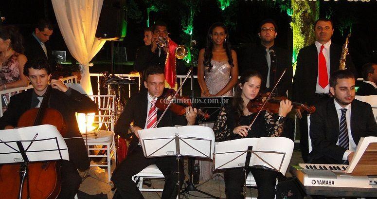 Orquestra com Cantores