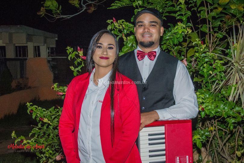 Piano e Voz Feminina