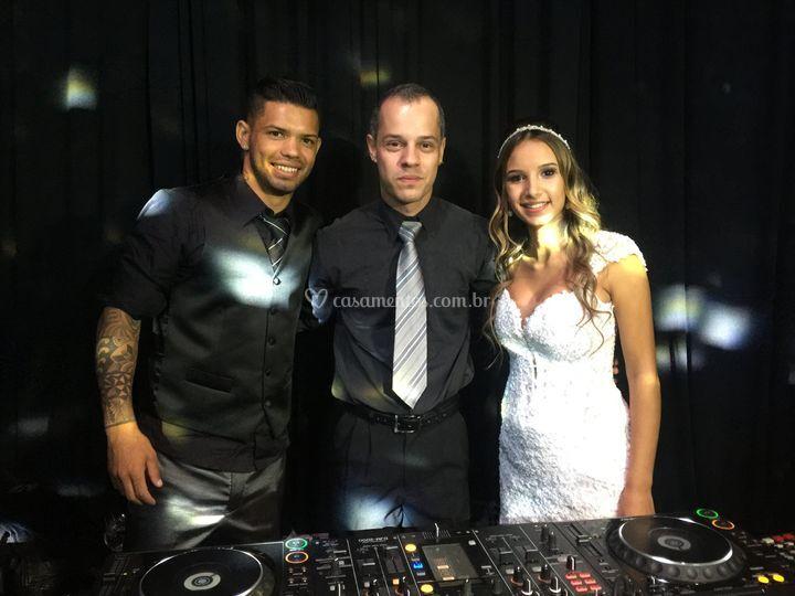 Noivos e Edd Barros DJ