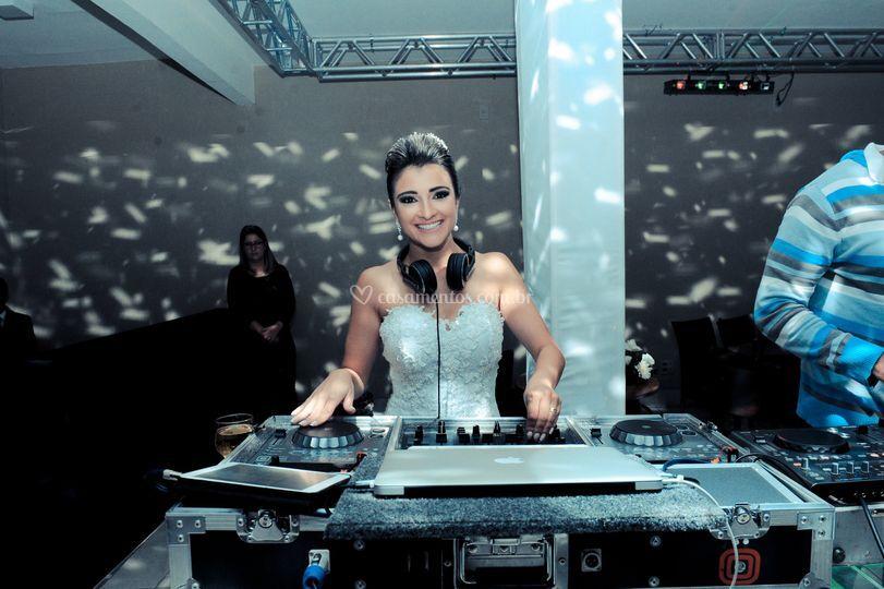 Noiva e Edd Barros DJ