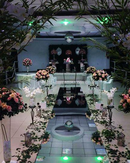 Altar dentro do Salão