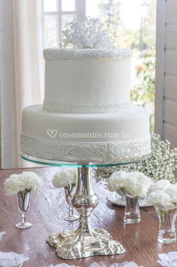 Bolo noiva branco e strass