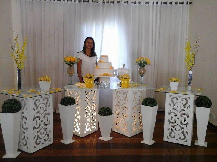 Móveis provençal branco