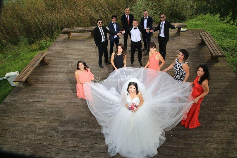 Foto dos padrinhos e noivos