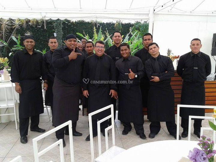 Equipe uniformizada