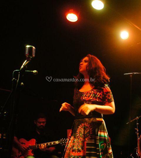 Gabriela Marques, vocalista