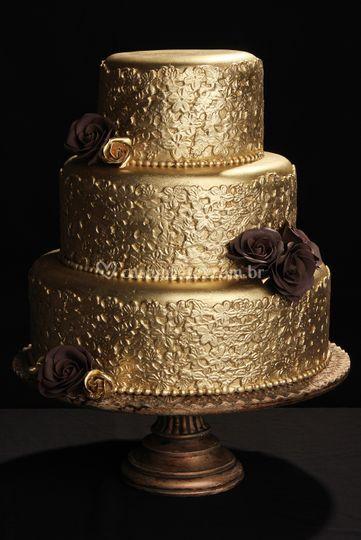 Bolo casamento dourado