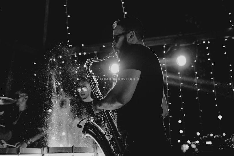 Show de cores + Live Sax