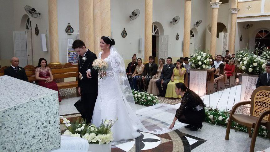Auxílio aos noivos