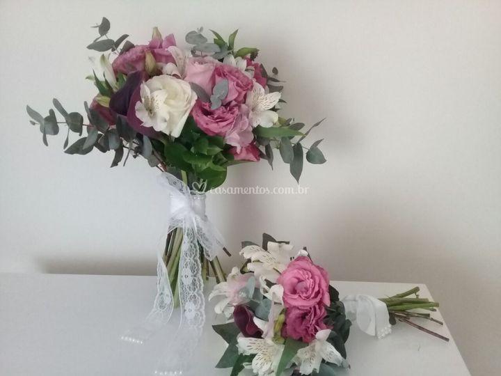 Buquê Assimétrico flores Nobre